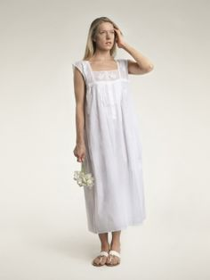 823e4c224a 100% Cotton Nightgown. Short-sleeved
