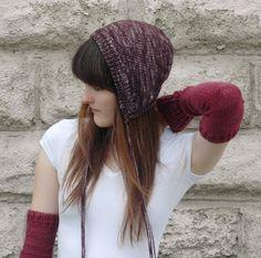 Ravelry: Odd Bonnet pattern by Alexandra Tinsley