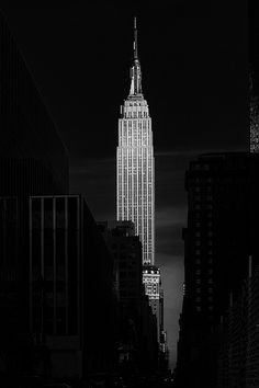 New York City, Black and White Photography, Empire State Building Empire State Building, Empire State Of Mind, Ville New York, Voyage New York, I Love Nyc, Dream City, Concrete Jungle, Black And White Photography, New York City