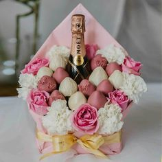 Food Bouquet, Candy Bouquet, Cake Pop Bouquet, Valentine Desserts, Valentines Day Treats, Chocolate Covered Treats, Chocolate Dipped, Wine Gift Boxes, Wine Gift Baskets