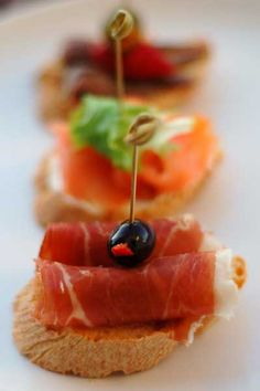 Jamon Serrano or Jamon Iberico - either way, I am happy. Pinchos – Spagna