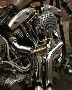 Shovelhead My dream bike, love the intake cover and exhaust! #HarleyDavidsonChoppers Harley Davidson Engines, Harley Davidson Chopper, Harley Davidson Motorcycles, Custom Motorcycles, Custom Harleys, Custom Bikes, Harley Bobber, Harley Bikes, Bobber Motorcycle