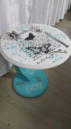 Ideas Hand Painted Furniture Designs Diy For 2019 Decoupage Wood, Decoupage Furniture, Chalk Paint Furniture, Diy Furniture, Furniture Design, Funky Painted Furniture, Refurbished Furniture, Repurposed Furniture, Furniture Makeover