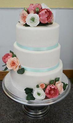 Our wedding cake that I made myself=)