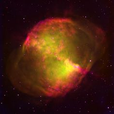 This excellent image of the Dumbbell Nebula (M27, NGC6853), a planetary nebula in the constellation of Vulpecula,