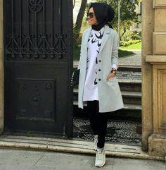spring hijab 2016-  Hulya Aslan hijab fashion looks http://www.justtrendygirls.com/hulya-aslan-hijab-fashion-looks/