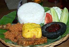 Rumah Makan Khas Sunda Balibu | Wisata Bandung