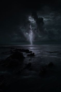 Tumbler account with beautifully rich images. Dark Photography, Landscape Photography, Photo Ocean, Dark Landscape, Sea Storm, Arte Obscura, Visualisation, Monochrom, Dark Wallpaper