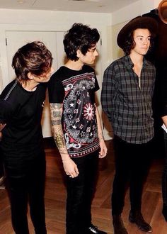 When Everyone loves Harry can't take their eyes off!