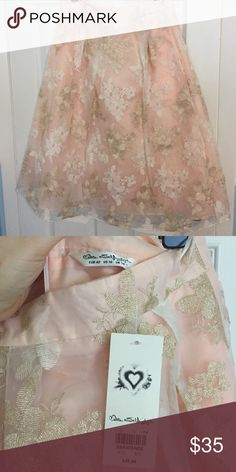 Miss Selfridge Skirt with tulle underlay in sz 10 New with tags! Never worn! Blush, white, and gold skirt with floral pattern and tulle underlay. Very pretty miss selfridge Skirts A-Line or Full