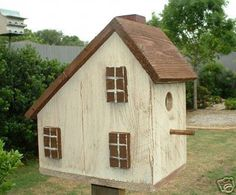 Saltbox Bird House