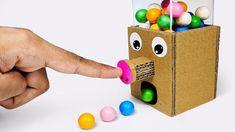 Hoe GumBall Candy Dispenser Machine van Cardboard DIY at Home te maken - #Candy #Cardboard #Dispenser #DIY #GumBall #Hoe #Home #Machine #maken #te #van