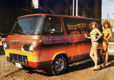 Everyone loves vans! Vintage Custom Vans: You Look Vantastic Customised Vans, Custom Vans, Old School Vans, Ford Flex, Vanz, Panel Truck, Vintage Vans, Hot Cars, Classic Cars