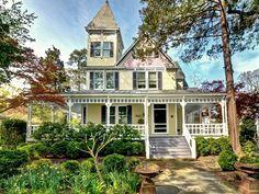 642 best victorian houses images victorian house victorian houses rh pinterest com