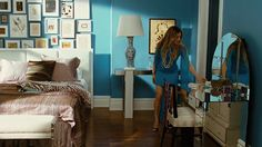 How to create an inspiring work space: Carrie Bradshaw style — The Decorista