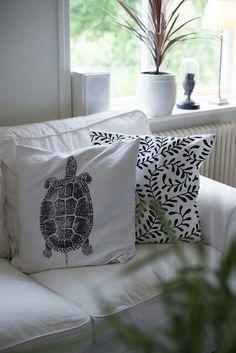 why I love throw pillows!