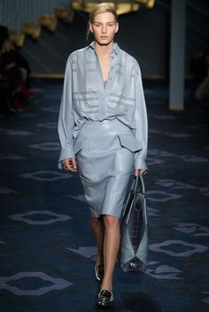 Tod's Fall 2014 Ready-to-Wear Collection Photos - Vogue