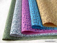 Nouveaux papiers népalais à petits motifs - http://www.atelierchezsoi.fr/post/2012/06/28/nouveaux-papiers-nepalais-petits-motifs