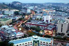Tak hanya Bali, Batam juga menjadi kawasan yang terbilang istimewa. Tempatnya yang strategis, kondisi infrastrukturnya yang memadai, pertumbuhan ekonomi yang tinggi, perizinan yang mudah, dinilai memiliki prospek investasi yang menjanjikan. Terlebih untuk investasi properti.  Oleh sebab itu, Ciputra Group tertarik untuk mengembangkan proyek properti premium CitraLand Megah Batam dengan luas mencapai 15 hektar. Andreas Raditya memaparkan, CitraLand Megah Batam sengaja dirancang sebagai…