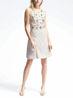 Women's Apparel: Up to 40% off dresses, shirts, sweaters & more | Banana Republic