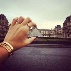 Take a piece of Paris with you with the coordinates bracelet