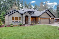 The Shasta -- one level living with dramatic vaulted ceilings and large, lovely windows throughout the home. 2,900 SF, 3-4 bedrooms, 2.5 bathrooms, 3-car garage.