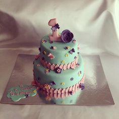 #didiseker #butikpasta #cakedecorating #cake #cakedesign #dogumgunupastasi #mintyeşilivepembe #mintgreencakes #kelebek #pasta #sugarart #sekerhamurlupasta #mintyesili  #suyesili  #daisyparty