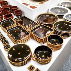 波佐見焼利左エ門窯さんの新作はスリッポンウェア安価で提供できるようにと工夫されています Japanese pottery Rizaemon's new collection is slipware. Stable quality and affordable price range!  #波佐見焼 #利左エ門窯  #スリップウェア #テーブルウェア #新作#テーブルウェアフェスティバル #100パーセントプロジェクト#100percentproject #pottery #hasamiyaki #tableware #japanesepottery #slipware