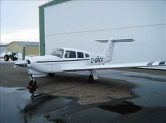 What are some of the specifications for the Piper Arrow aircraft?