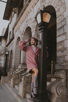 Emma and I shot a few Paris-inspired looks around Salt Lake City, but pretended to be in France. Downtown Photography, Urban Photography, Creative Photography, Photography Poses, Street Photography, Fashion Poses, Fashion Shoot, Street Portrait, Instagram Pose