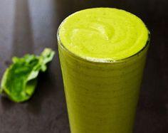 Spinach Mango Apple Yogurt Protein Smoothie Recipe