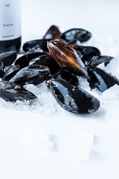 Drunken Mussels - A Beautiful Plate Food Photography Lighting, Seafood Recipes, Cooking Recipes, Tummy Yummy, Healthiest Seafood, Greens Recipe, Mussels, My Favorite Food, Soul Food