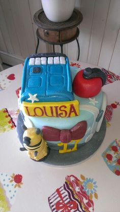 Dr Who themed cake.