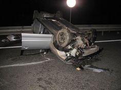 Oelde / Herzebrock-Clarholz: Pkw überschlägt sich auf der A2 - Fahrerin schwerverletzt - Verursacher flüchtet