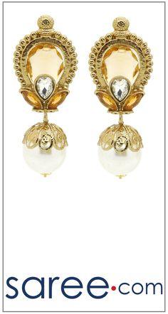AMAZING GOLDEN EARRING  #Jewelry #accessories #Earrings #Earringsoftheday #necklace #necklaceoftheday #necklaceset #jewelleryset #jewellerydesign #jewelleryonline #buyonline #jewellery