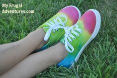 Sara's Code: Blog de Costura + DIY: 22 DIYs de zapatillas pintadas o teñidas