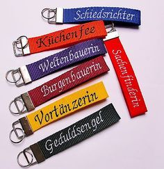 Schlüsselanhänger Schlüsselband mit Name Wunschtext Doppelnamen bestickt