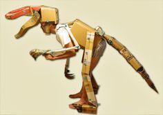 恐竜になってみた。Tanaka Satoshi's articulated cardboard and MAKEDO dinosaur costume.