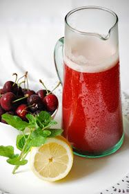CHEZ SILVIA: Limonada de cerezas y menta - sin azúcar