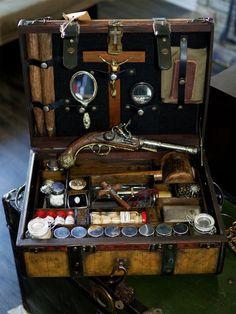 "DIY geek on ""Vampire Hunting Kits, Century"" Werewolf Hunter, Vampire Hunter, Vampires, Ora Et Labora, Steampunk, Halloween Vampire, Halloween Coffin, Dracula, Larp"