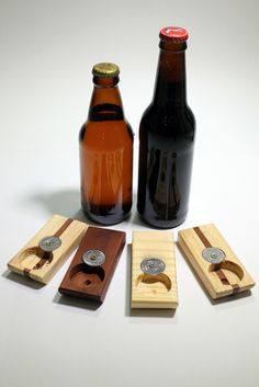 Abridor de garrafa com moeda