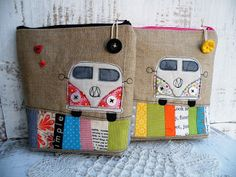 Idea for zipper pulls. Cute zippered bags with patchwork and VW applique. Diy Sac Pochette, Pochette Portable, Fabric Crafts, Sewing Crafts, Craft Projects, Sewing Projects, Diy And Crafts, Arts And Crafts, Handmade Bags