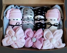 Items similar to Diaper Babies Gift Basket - Adorable basket of socks, wash cloths and diapers for expecting moms, baby shower gifts or party favors! on Etsy Unique Baby Girl Gifts, Diy Baby Gifts, Unique Baby Shower Gifts, Baby Shower Party Favors, Baby Gift Sets, Baby Shower Parties, Burp Cloth Diapers, Baby Burp Cloths, Baby Shower Diapers