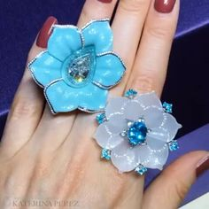When turquoise and paraiba meet together @katerina_perez -  I cannot have enough of jewelled flowers so let's feast our eyes on these two brand new rings from Boghossian @boghossianjewels displayed at #Masterpiecefair @masterpiecelondon. The left one is with carved turquoise, paraiba and diamond, the right one is with paraiba and antique jade inlaid with diamonds.  #boghossianonkaterinaperez