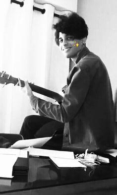 Ediciones hermosas de CNCO.  ➡ Ahora también vídeos.  ¿#358 en de tod… #detodo # De Todo # amreading # books # wattpad Erik Brian Colon, Famous Singers, Boyfriend Material, I Love Him, Boy Bands, Fangirl, Tv Shows, Celebrities, People