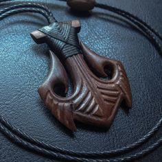 Anchor style Hei Matau