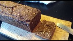 Video with recipe for Danish rye bread with sunflower seeds. Looks delicious!