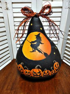 Hand Painted Halloween Witch Pumpkin Jack o Lantern Gourd Halloween Gourds, Halloween Rocks, Halloween Crafts, Pumpkin Crafts, Fall Crafts, Gourd Crafts, Hand Painted Gourds, Painted Pumpkins, Gourds Birdhouse