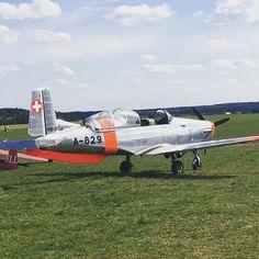 #fly #flying #aero #swiss #pilatus #p3flyers #czech #denvevzduchu #kissproton #pilsen