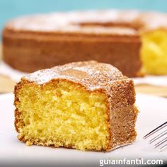 Natural yogurt cake ingredients Crisis and your users love cakes! Did you know the carrot cake is always among the most accessed recipes on th Food Cakes, Resep Sponge Cake, Cake In A Jar, Light Cakes, Cake Name, Yogurt Cake, Natural Yogurt, Cake Icing, Köstliche Desserts